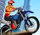 بازی زیبا پسرانه موتور سواری پرشی آنلاین فلش