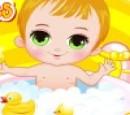 بازی حمام بردن بچه کوچولوها